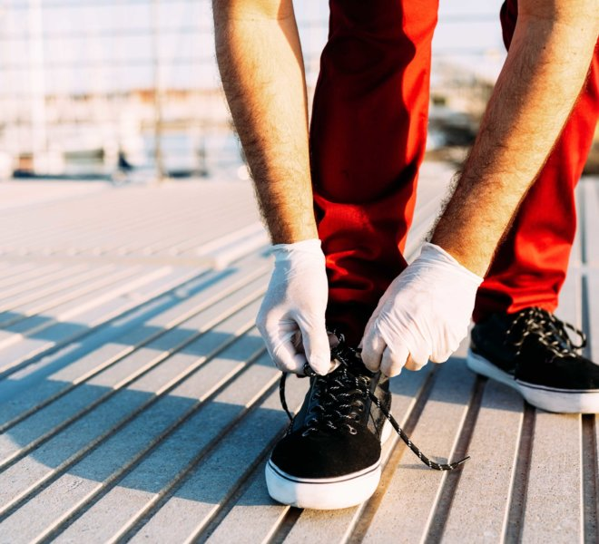 Tie your shoelaces with protective gloves